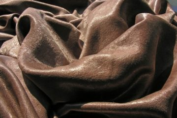 Tivoli Shine. Велюр. 29 цветов. Пластичная ткань с деликатной структурой, напоминающей искуственную замшу. Высота - 285см. Состав ткани - 100% полиэстер.